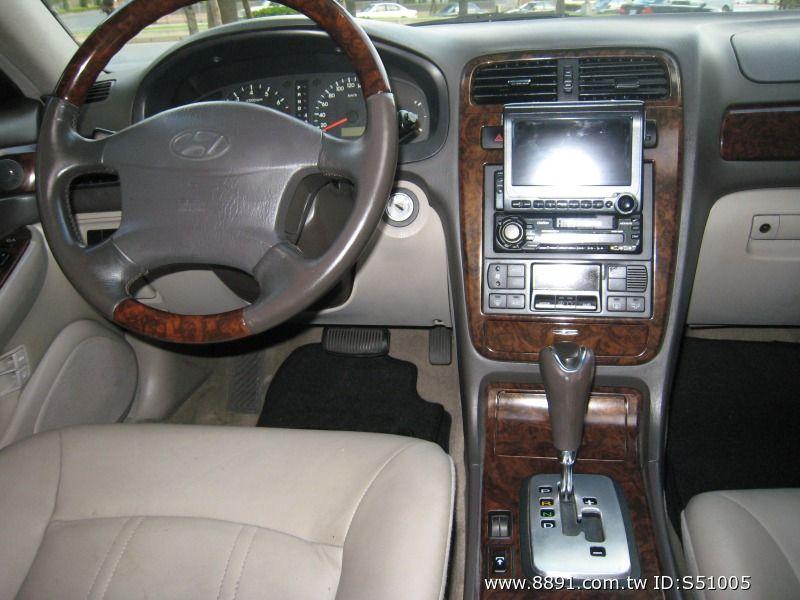 Hyundai中古車/現代中古車,XG中古車,~韓國頂級車種/Hyundai/現代(XG)2001年2.0cc皇家頂級板黑色~-圖片6