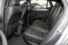 """""""BMW-X6""""的後排空間圖片"""