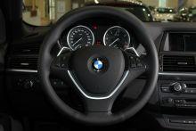 """BMW-X6""的方向盤圖片"