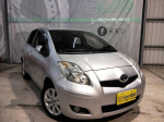 2011 Toyota Yaris 1.5G版 配備滿滿 原鈑件 實車實價