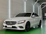 速度國際正19 M-Benz C300 4MATIC 氣氛燈 跑少近全新車感受